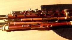 Vorschaubild: 3/4 Set Uilleann-Pipes in C, Zwetschge mit Buchsbaumringen