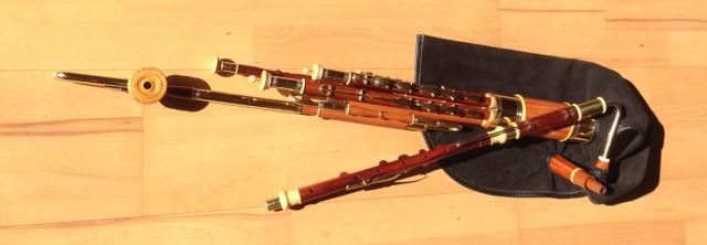 3/4 Set Uilleann-Pipes in C, Zwetschge mit Buchsbaumringen